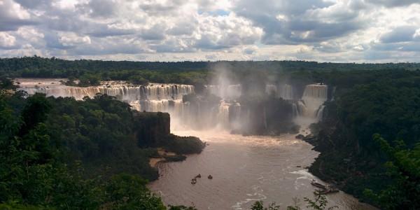 Vue sur les chutes Argentines