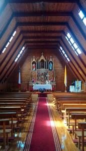 Eglise - intérieur plus sobre