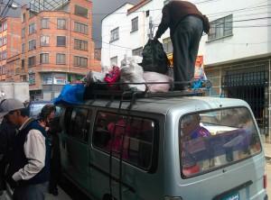 Chargement du minibus