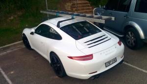Oui, une Porsche avec des barres de toit !