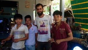 Le frère de Thant, Zhoom, Manu et Thant