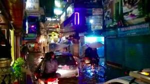 3-pluie-katmandou