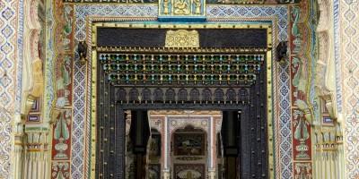 L'une des plus belles portes des havelis de Nawalgarh