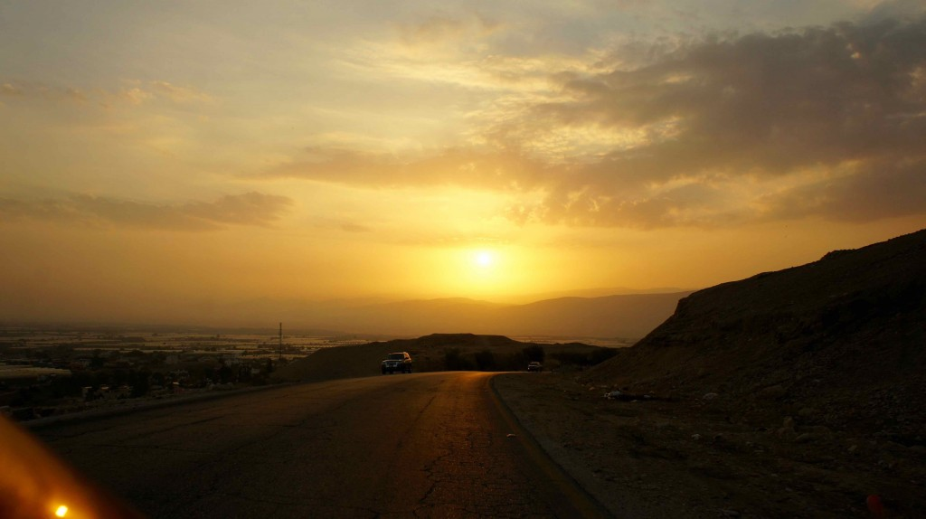 Sunset vers Madaba