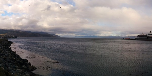 Vue du canal de Beagle, sur le port d'Ushuaia