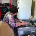 La mamita de la laverie avec sa belle calculatrice !!!