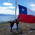 La bandera Chilena et Puerto Williams derrière