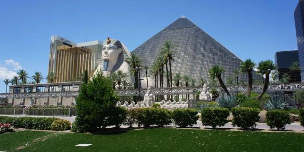 Le Luxor
