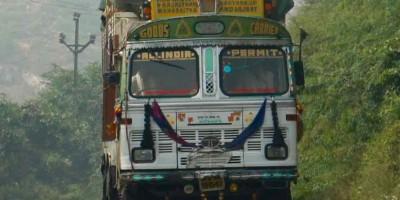 Camion, toujours joliment décoré